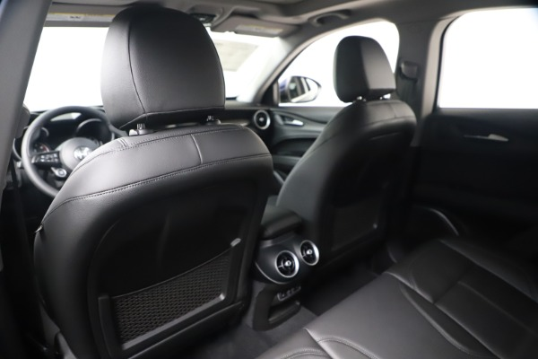 New 2020 Alfa Romeo Stelvio Ti Q4 for sale $54,340 at Bentley Greenwich in Greenwich CT 06830 20