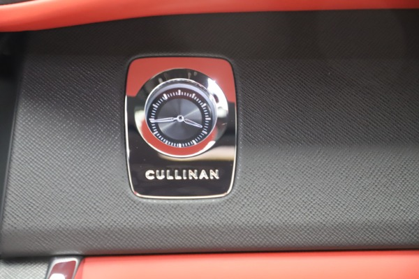 New 2020 Rolls-Royce Cullinan for sale Call for price at Bentley Greenwich in Greenwich CT 06830 28