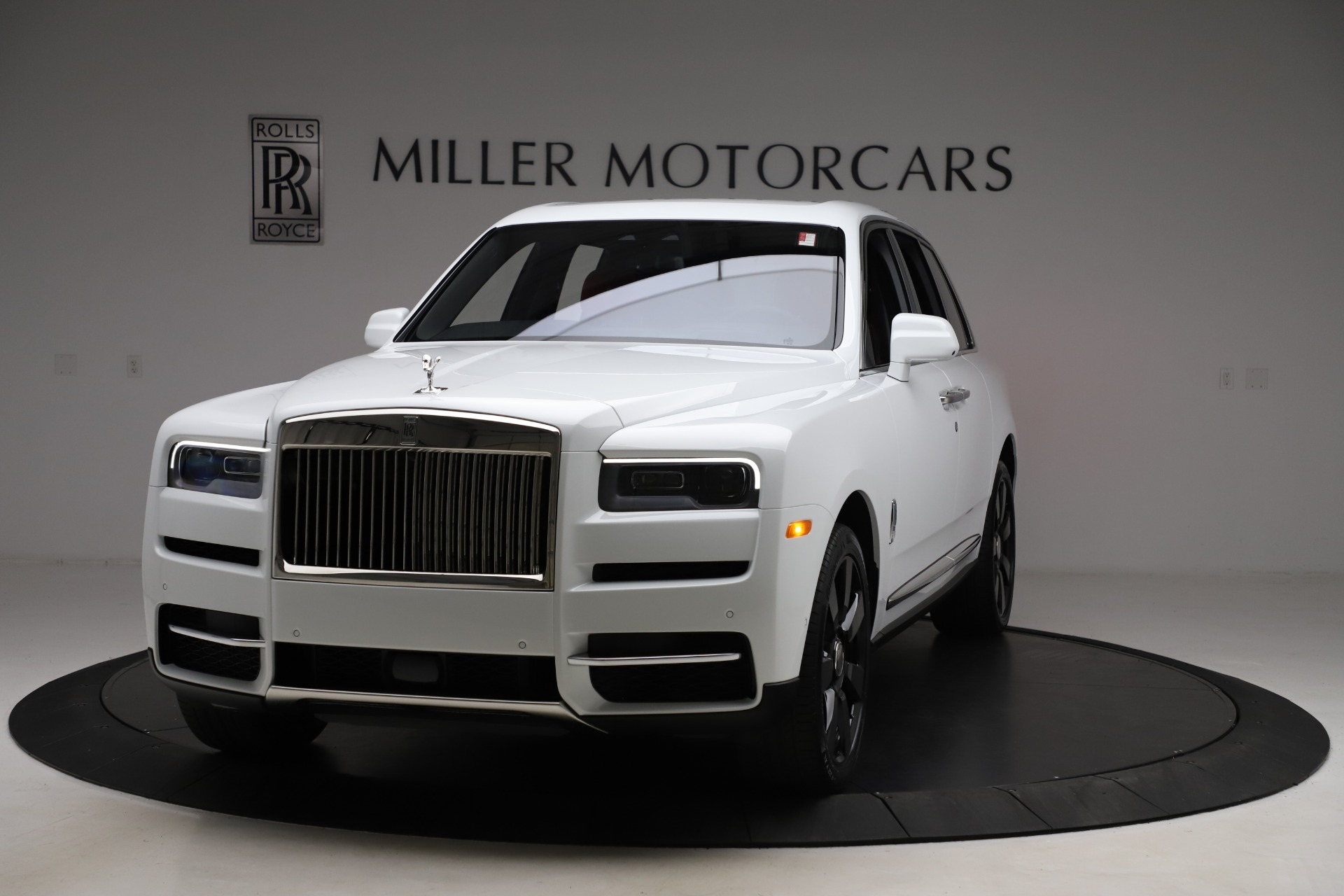 New 2020 Rolls-Royce Cullinan for sale $379,325 at Bentley Greenwich in Greenwich CT 06830 1
