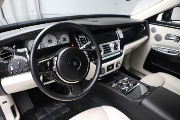 Used 2016 Rolls-Royce Ghost for sale $178,900 at Bentley Greenwich in Greenwich CT 06830 16
