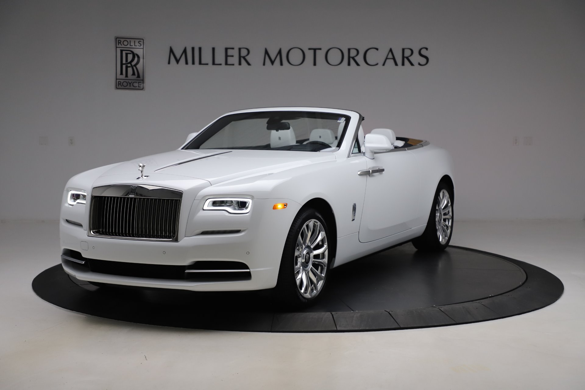 New 2020 Rolls-Royce Dawn for sale $401,175 at Bentley Greenwich in Greenwich CT 06830 1