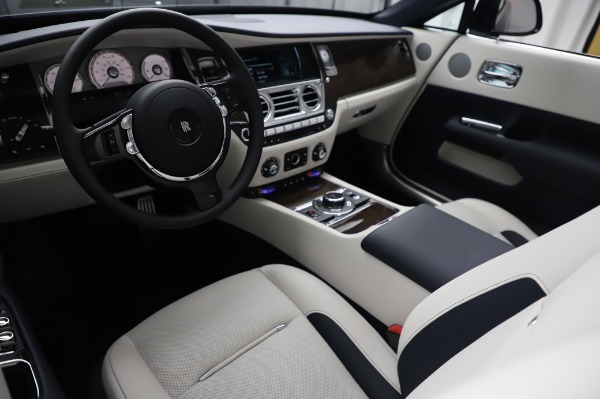 New 2020 Rolls-Royce Dawn for sale Call for price at Bentley Greenwich in Greenwich CT 06830 19