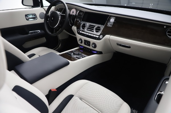 New 2020 Rolls-Royce Dawn for sale Call for price at Bentley Greenwich in Greenwich CT 06830 20