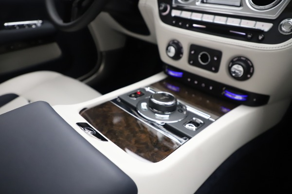 Used 2020 Rolls-Royce Dawn for sale Call for price at Bentley Greenwich in Greenwich CT 06830 25
