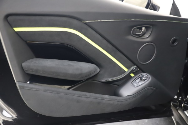 New 2020 Aston Martin Vantage AMR Coupe for sale $191,931 at Bentley Greenwich in Greenwich CT 06830 16