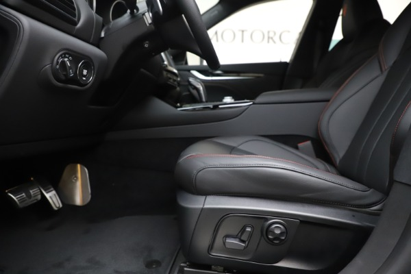 New 2020 Maserati Levante Q4 GranSport for sale $88,885 at Bentley Greenwich in Greenwich CT 06830 14