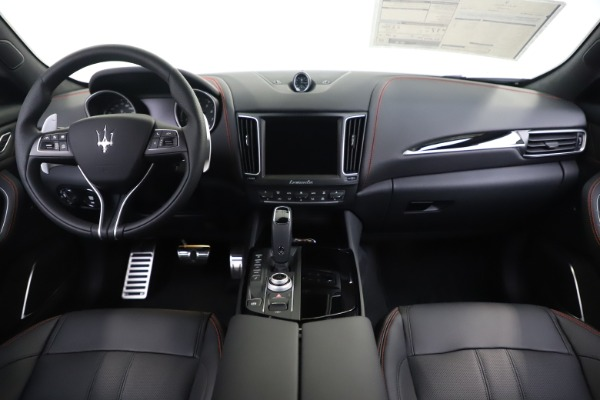 New 2020 Maserati Levante Q4 GranSport for sale $88,885 at Bentley Greenwich in Greenwich CT 06830 16