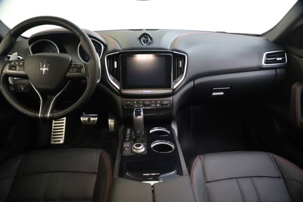 New 2020 Maserati Ghibli S Q4 GranSport for sale $88,285 at Bentley Greenwich in Greenwich CT 06830 16