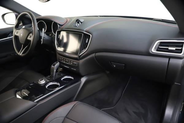 New 2020 Maserati Ghibli S Q4 GranSport for sale $70,331 at Bentley Greenwich in Greenwich CT 06830 23