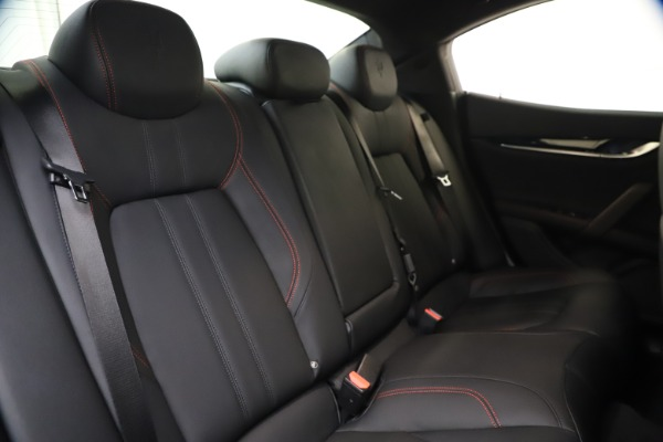 New 2020 Maserati Ghibli S Q4 GranSport for sale $70,331 at Bentley Greenwich in Greenwich CT 06830 24