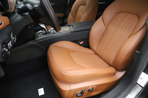 New 2019 Maserati Ghibli S Q4 GranLusso for sale $98,095 at Bentley Greenwich in Greenwich CT 06830 15
