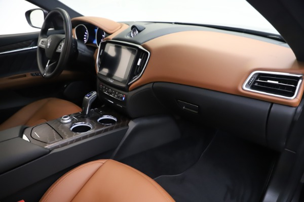 New 2019 Maserati Ghibli S Q4 GranLusso for sale $98,095 at Bentley Greenwich in Greenwich CT 06830 22