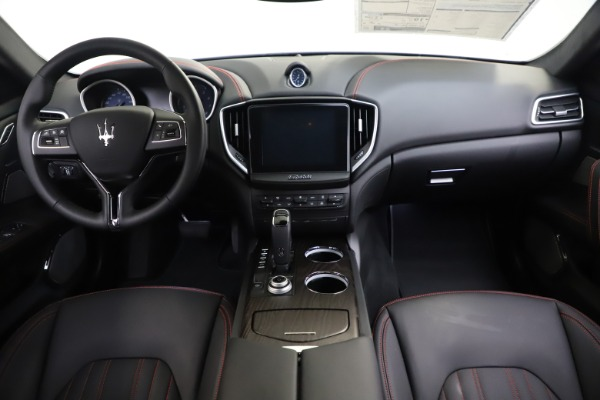 New 2019 Maserati Ghibli S Q4 GranLusso for sale $98,395 at Bentley Greenwich in Greenwich CT 06830 16