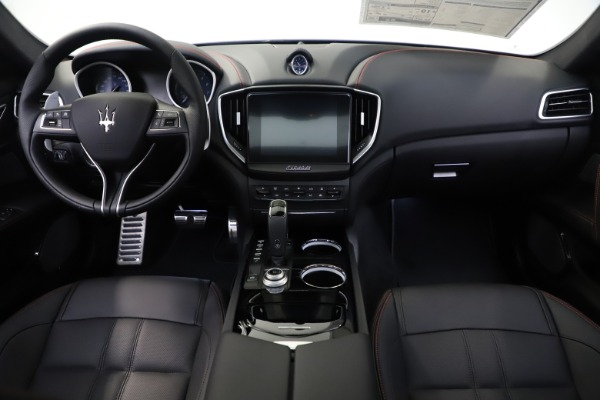 New 2019 Maserati Ghibli S Q4 GranSport for sale $99,905 at Bentley Greenwich in Greenwich CT 06830 16