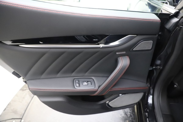 New 2019 Maserati Ghibli S Q4 GranSport for sale $99,905 at Bentley Greenwich in Greenwich CT 06830 21