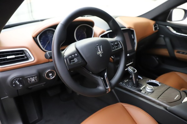 New 2019 Maserati Ghibli S Q4 GranLusso for sale $98,095 at Bentley Greenwich in Greenwich CT 06830 13