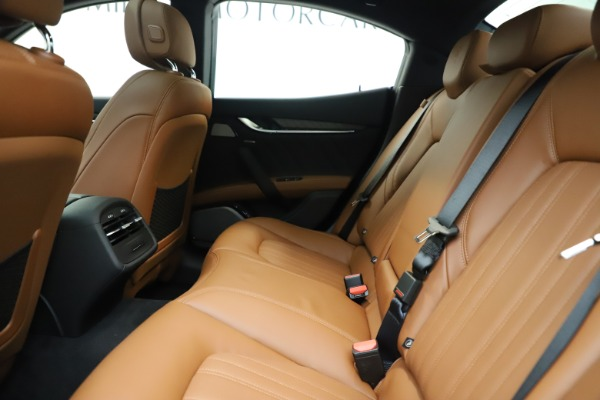 New 2019 Maserati Ghibli S Q4 GranLusso for sale $98,095 at Bentley Greenwich in Greenwich CT 06830 19