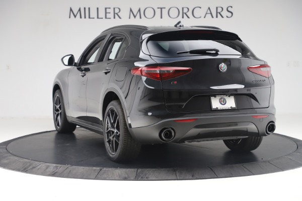 New 2019 Alfa Romeo Stelvio Sport Q4 for sale $53,565 at Bentley Greenwich in Greenwich CT 06830 5