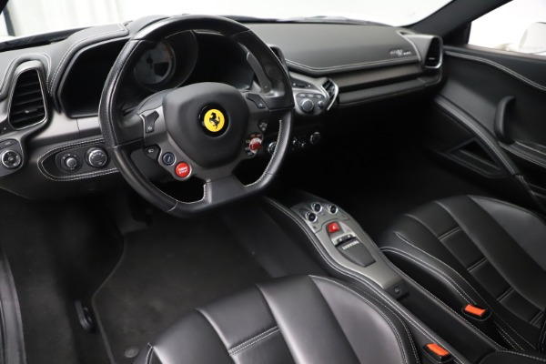 Used 2013 Ferrari 458 Italia for sale $186,900 at Bentley Greenwich in Greenwich CT 06830 13
