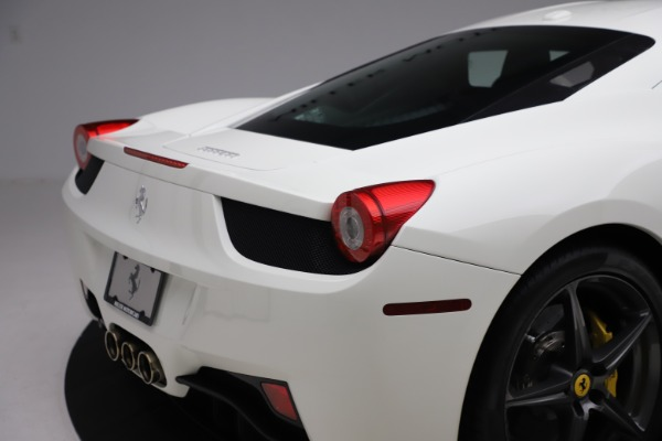 Used 2013 Ferrari 458 Italia for sale $186,900 at Bentley Greenwich in Greenwich CT 06830 26