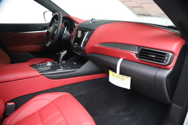 New 2020 Maserati Levante S Q4 GranSport for sale $101,085 at Bentley Greenwich in Greenwich CT 06830 28