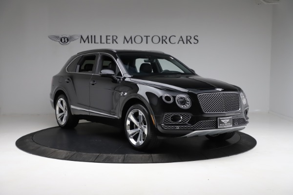 Used 2017 Bentley Bentayga W12 for sale $139,900 at Bentley Greenwich in Greenwich CT 06830 11