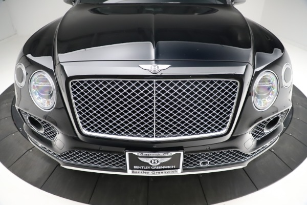 Used 2017 Bentley Bentayga W12 for sale $139,900 at Bentley Greenwich in Greenwich CT 06830 13