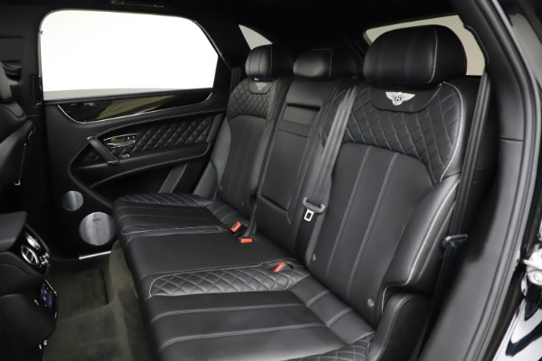 Used 2017 Bentley Bentayga W12 for sale $139,900 at Bentley Greenwich in Greenwich CT 06830 23