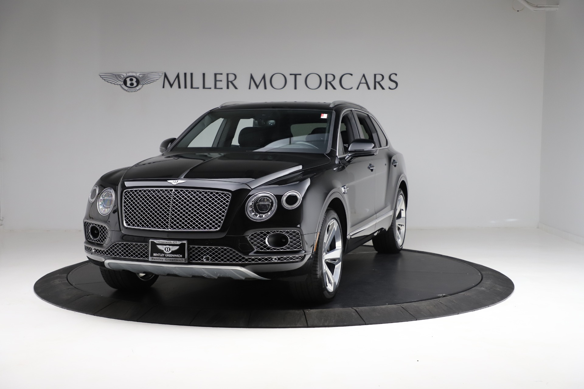 Used 2017 Bentley Bentayga W12 for sale $139,900 at Bentley Greenwich in Greenwich CT 06830 1