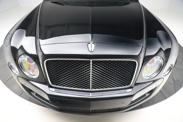New 2016 Bentley Mulsanne Speed for sale $157,900 at Bentley Greenwich in Greenwich CT 06830 12