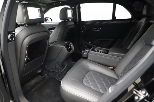 New 2016 Bentley Mulsanne Speed for sale $157,900 at Bentley Greenwich in Greenwich CT 06830 20