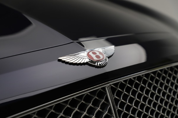 Used 2016 Bentley Flying Spur V8 for sale $114,900 at Bentley Greenwich in Greenwich CT 06830 14