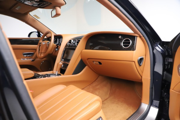 Used 2016 Bentley Flying Spur V8 for sale $114,900 at Bentley Greenwich in Greenwich CT 06830 22