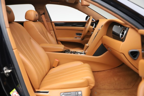 Used 2016 Bentley Flying Spur V8 for sale $114,900 at Bentley Greenwich in Greenwich CT 06830 23