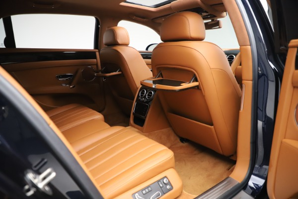 Used 2016 Bentley Flying Spur V8 for sale $114,900 at Bentley Greenwich in Greenwich CT 06830 25