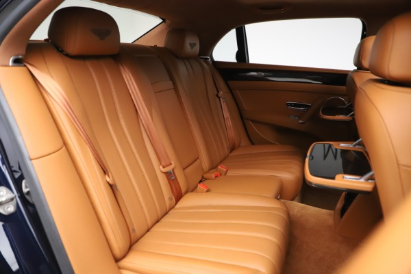 Used 2016 Bentley Flying Spur V8 for sale $114,900 at Bentley Greenwich in Greenwich CT 06830 27
