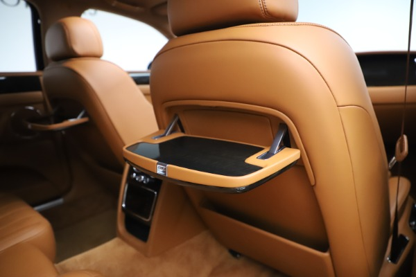 Used 2016 Bentley Flying Spur V8 for sale $114,900 at Bentley Greenwich in Greenwich CT 06830 28