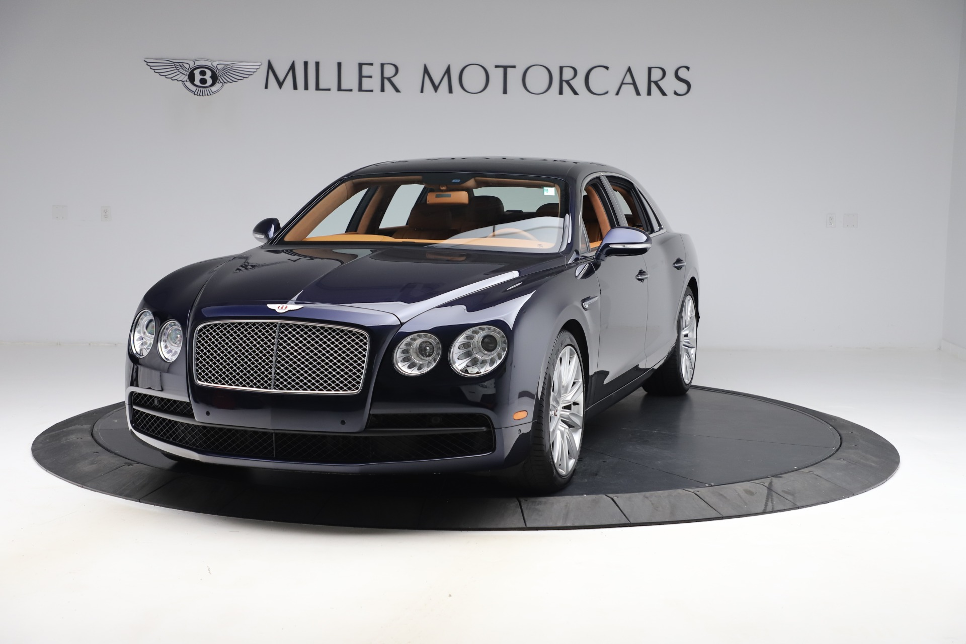 Used 2016 Bentley Flying Spur V8 for sale $114,900 at Bentley Greenwich in Greenwich CT 06830 1