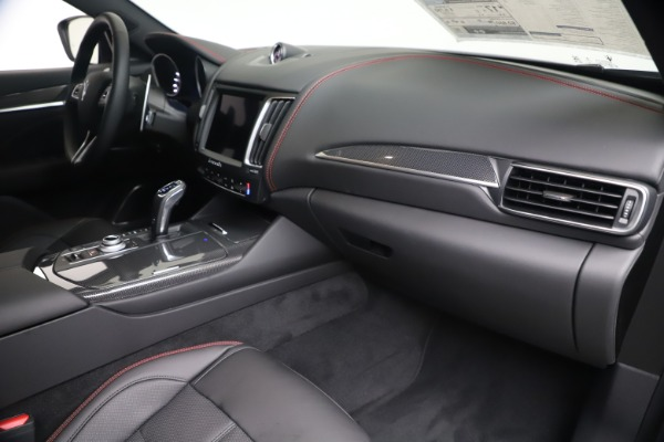 New 2020 Maserati Levante Q4 GranSport for sale $91,985 at Bentley Greenwich in Greenwich CT 06830 22