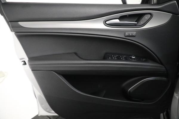 New 2019 Alfa Romeo Stelvio Ti Sport Q4 for sale $52,640 at Bentley Greenwich in Greenwich CT 06830 26