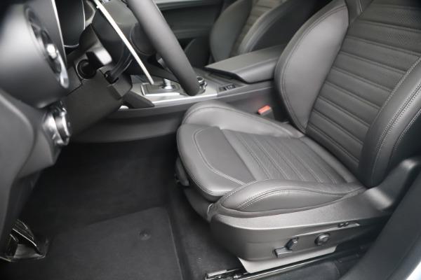 New 2019 Alfa Romeo Stelvio Ti Sport Q4 for sale $52,140 at Bentley Greenwich in Greenwich CT 06830 15