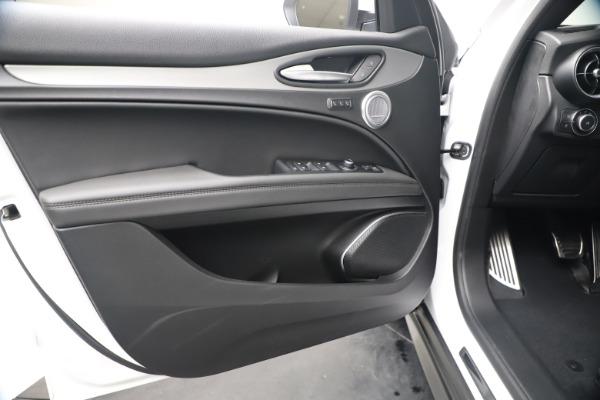 New 2019 Alfa Romeo Stelvio Ti Sport Q4 for sale $52,140 at Bentley Greenwich in Greenwich CT 06830 17