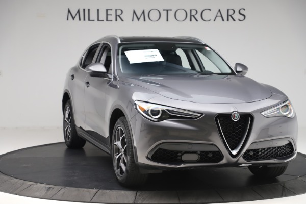 New 2019 Alfa Romeo Stelvio Ti Q4 for sale $51,090 at Bentley Greenwich in Greenwich CT 06830 11