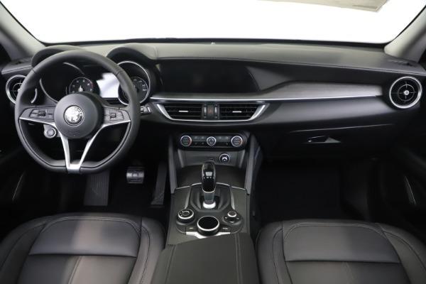 New 2019 Alfa Romeo Stelvio Ti Q4 for sale $51,090 at Bentley Greenwich in Greenwich CT 06830 16