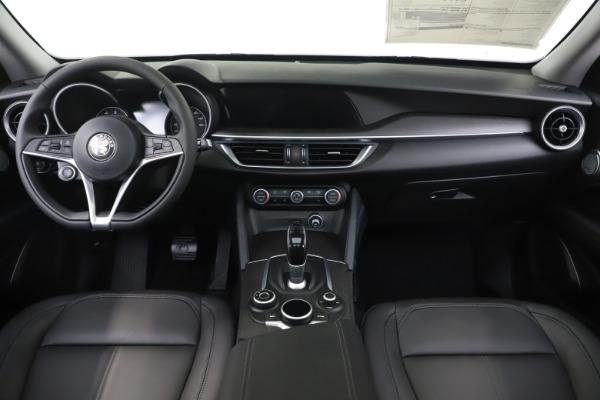New 2019 Alfa Romeo Stelvio Ti Q4 for sale $51,490 at Bentley Greenwich in Greenwich CT 06830 16