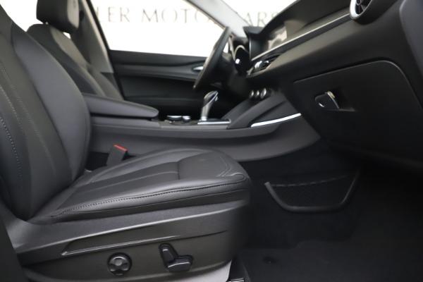 New 2019 Alfa Romeo Stelvio Ti Q4 for sale $51,490 at Bentley Greenwich in Greenwich CT 06830 23