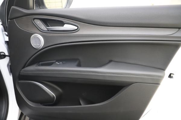 New 2019 Alfa Romeo Stelvio Ti Q4 for sale $51,490 at Bentley Greenwich in Greenwich CT 06830 25