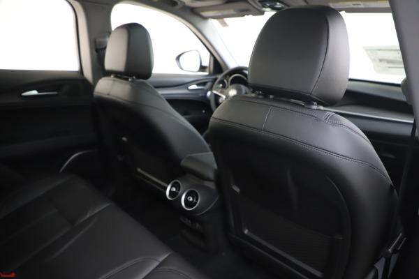 New 2019 Alfa Romeo Stelvio Ti Q4 for sale $51,490 at Bentley Greenwich in Greenwich CT 06830 28