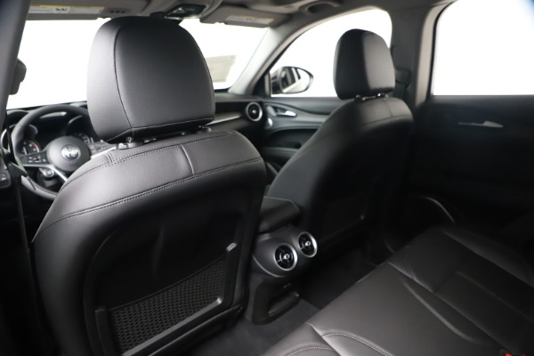 New 2019 Alfa Romeo Stelvio Ti Q4 for sale $51,840 at Bentley Greenwich in Greenwich CT 06830 20