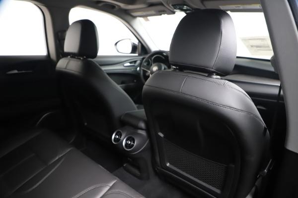 New 2019 Alfa Romeo Stelvio Ti Q4 for sale $51,840 at Bentley Greenwich in Greenwich CT 06830 28